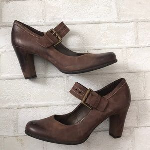 Ecco brown leather Mary Janes size 38